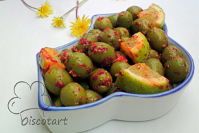 Marinated olives pic