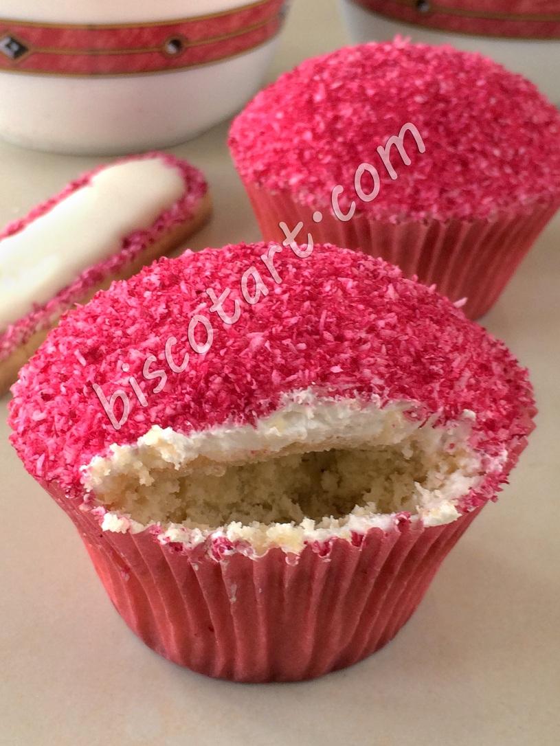 High Heel Cupcakes Step 10
