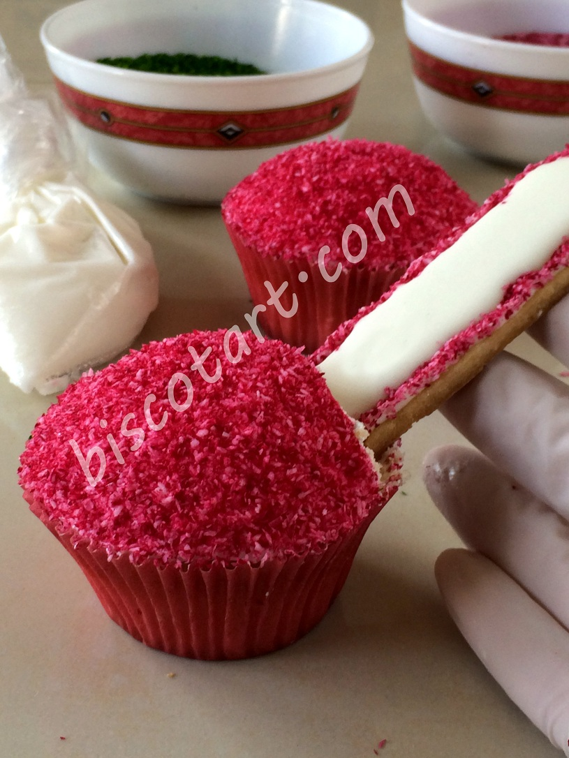 High Heel Cupcakes Step 13