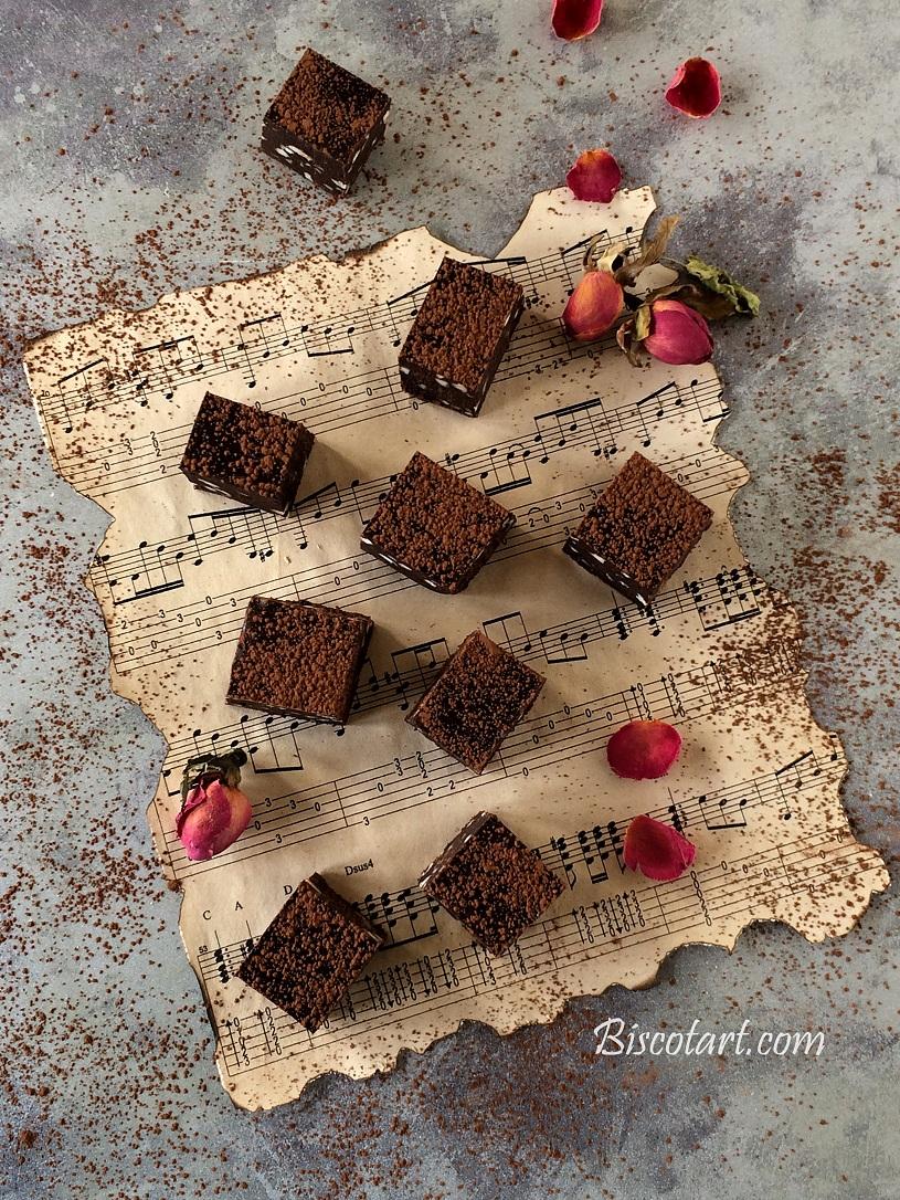مربعات الشوكولا للضيافة