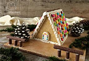 بيت من البسكويت و الحلويات